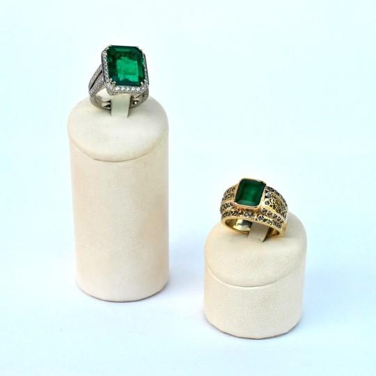 Anelli con smeraldi